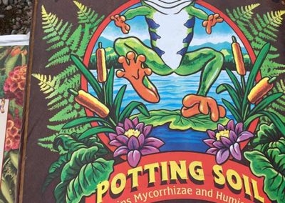 happy-frog-potting-soil